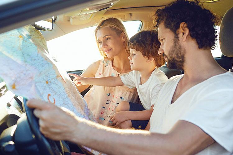 viajar-por-carretera-familia